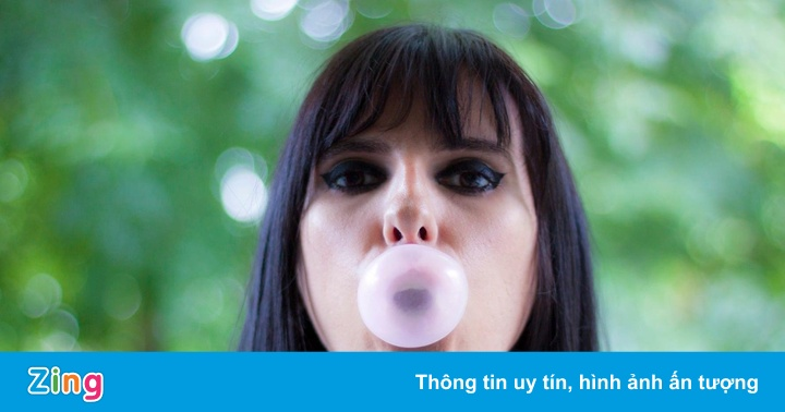 Đi tù vì bán kẹo cao su và 7 luật cấm gây bất ngờ ở Singapore
