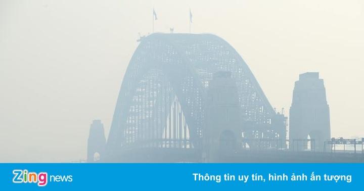 Khói bụi dày đặc bao phủ thành phố lớn nhất Australia
