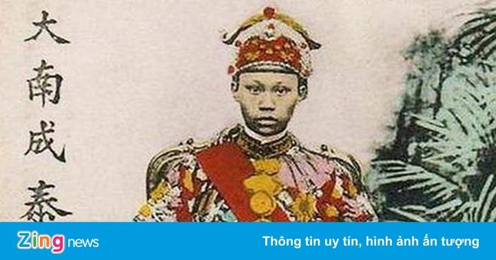 Vị vua nước Việt lên ngôi ngày mùng 2 Tết