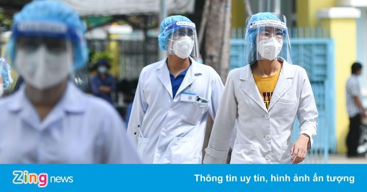 TP.HCM tăng cường hơn 1.200 nhân viên y tế để tiêm vaccine Covid-19