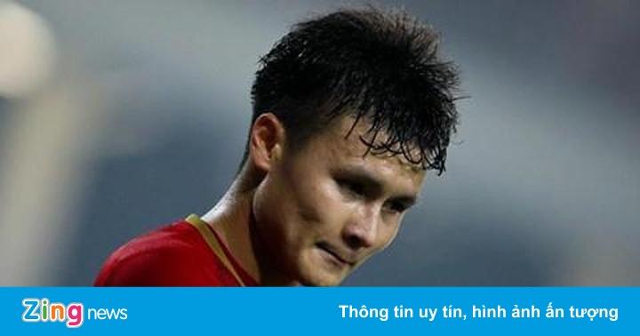 Quang Hải cùng nhiều tuyển thủ giúp xây cầu cho người dân vùng cao