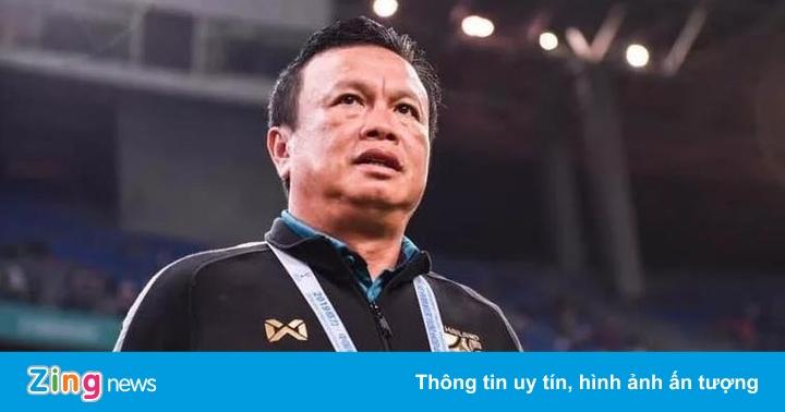 HLV Sirisak trở lại tuyển Thái Lan sau khi từ chức