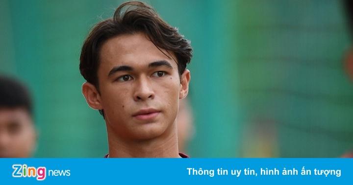 Tiền vệ tên lạ Tiêu Ê Xal và dàn trai đẹp mới của U22 Việt Nam