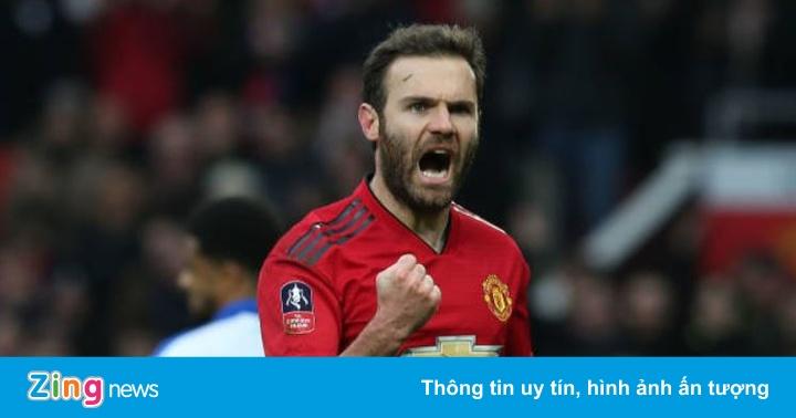 Man Utd 1-0 Reading: VAR mang về quả 11 m cho chủ nhà