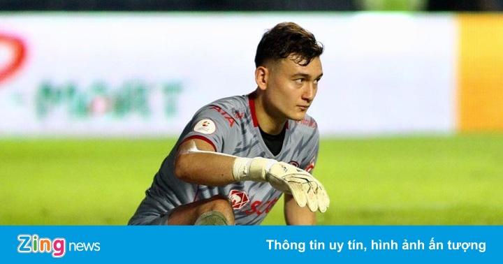 Văn Lâm cùng đồng đội trở lại đáy BXH sau trận thua 0-2