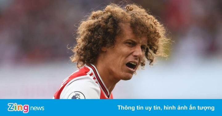 David Luiz sai lầm khiến Arsenal mất điểm trước Watford
