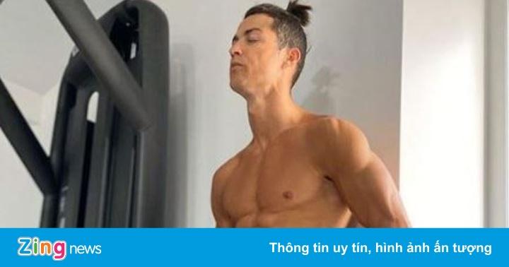 Ronaldo tập luyện để giữ cơ bụng 6 múi - quất cảnh