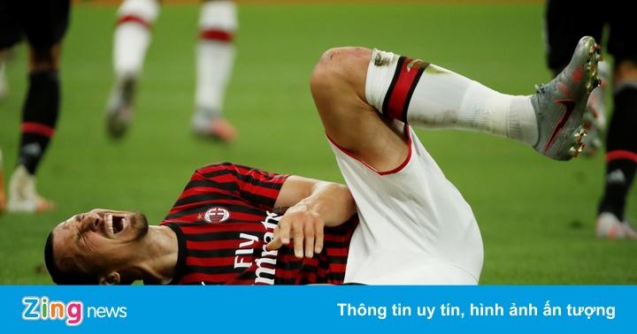 Milan 3-2 Juventus: Milan ghi 3 bàn trong 5 phút