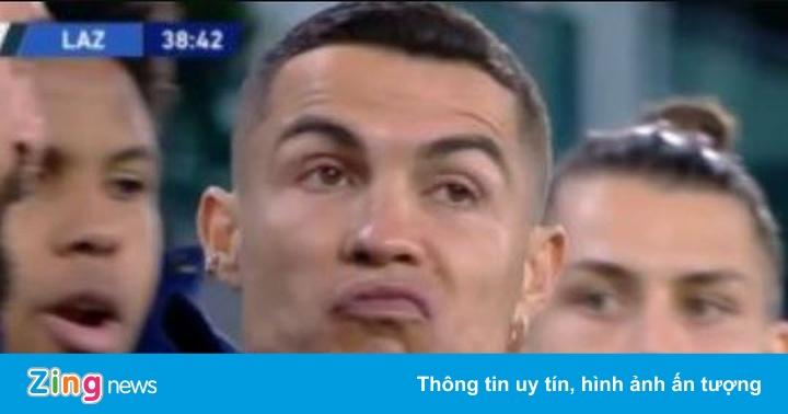 Phản ứng của Ronaldo khi đồng đội lập công