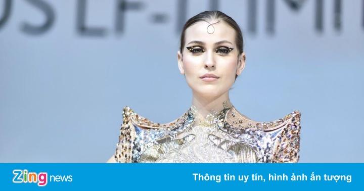 Người đẹp Việt đọ sắc cùng mẫu Tây tại VMS 2019