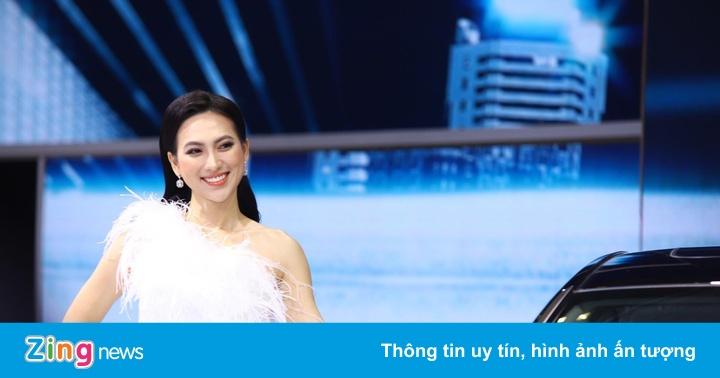 Mẫu Tây đọ sắc người đẹp Việt tại VMS 2019
