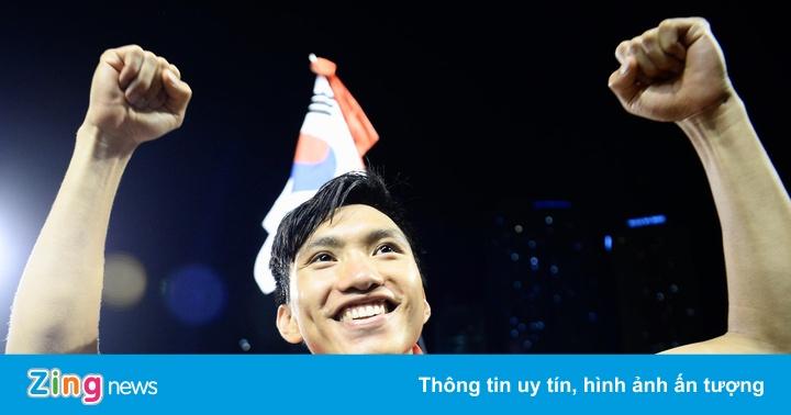 Tuyển Việt Nam tiếp tục dẫn đầu khu vực trên bảng xếp hạng FIFA