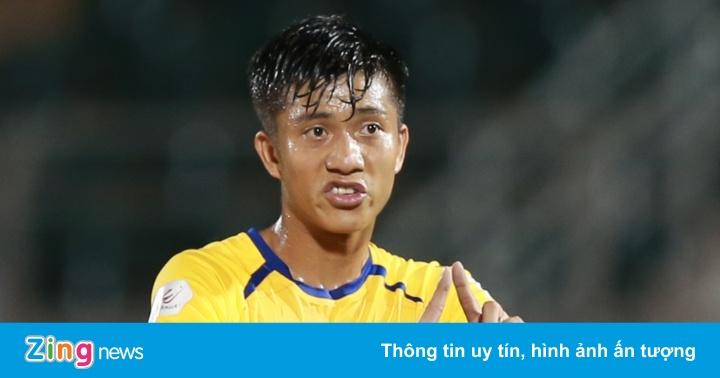 Phan Văn Đức lỡ cơ hội ghi bàn trong trận SLNA hòa CLB Sài Gòn