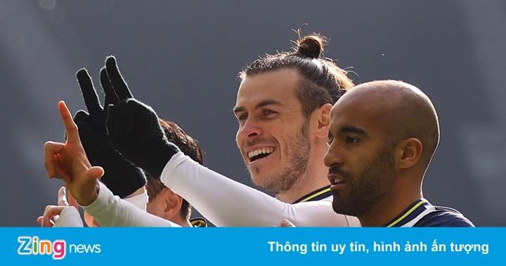 Tottenham 4-0 Burnley: Gareth Bale lập cú đúp