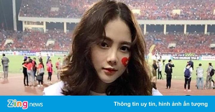 """Nữ CĐV xinh đẹp trên sân Mỹ Đình: """"Việt Nam sẽ thắng 2-0 ở chung kết"""" – Gương mặt trẻ"""