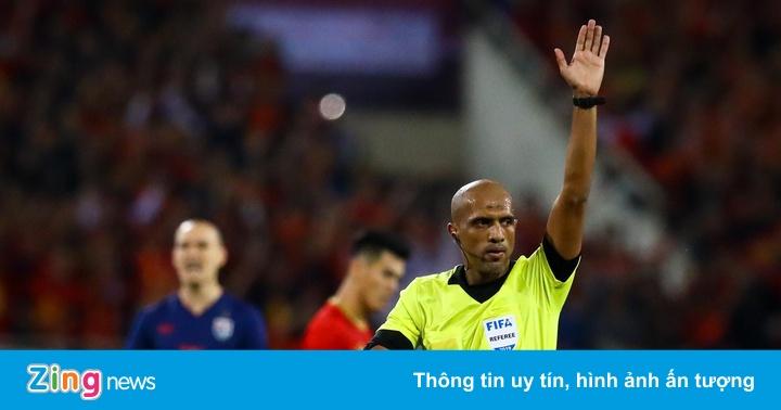 BLV Anh Ngọc: 'Thay Hùng Dũng là canh bạc của thầy Park'