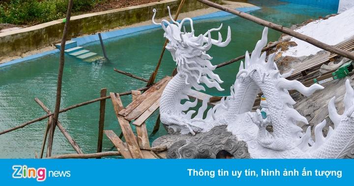 """Bên trong khu sinh thái ở Sóc Sơn được lãnh đạo xã gọi là """"nhà tạm"""""""