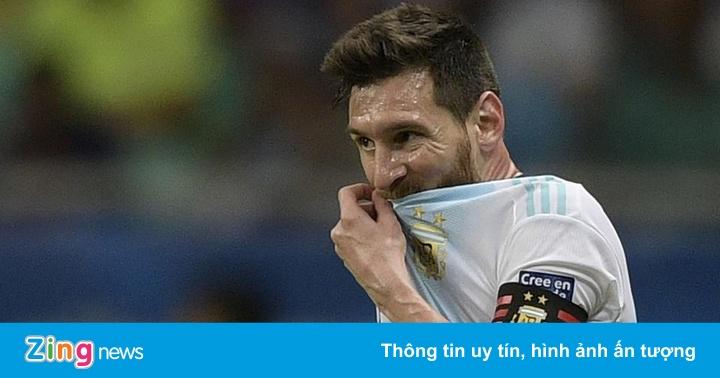 Argentina 0-1 Paraguay (hết H1): Bàn thua bất ngờ