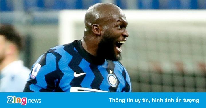 Lukaku tỏa sáng đưa Inter lên ngôi đầu Serie A