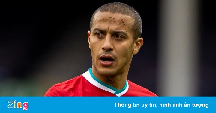 Liverpool mắc sai lầm với Thiago?