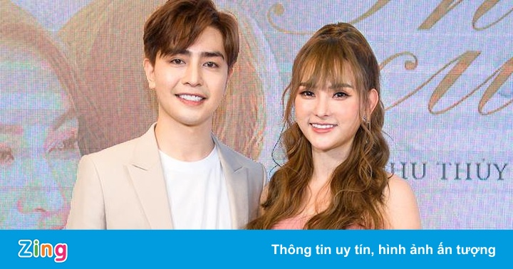 Ca sĩ Thu Thủy công khai yêu bạn trai kém tuổi sau ly hôn