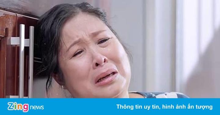 NSND Hồng Vân: 'Có năm tôi lỗ gần một tỷ đồng để duy trì sân khấu'