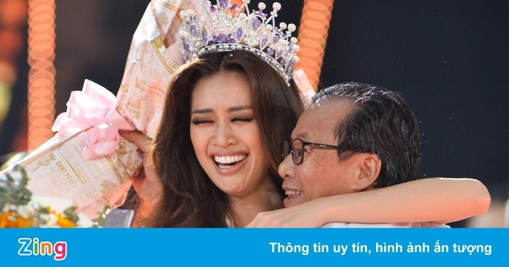 Hoa hậu Khánh Vân khóc không ngừng bên cha mẹ sau đăng quang - kết quả xổ số trà vinh