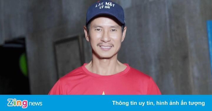 Lý Hải nghỉ quay để cổ vũ đội tuyển U22 Việt Nam đá trận chung kết