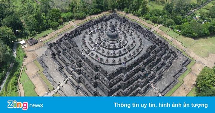 Đền Phật giáo lớn nhất thế giới ở Indonesia