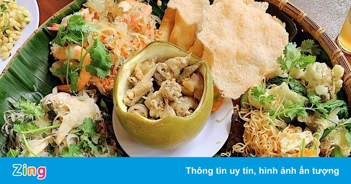Gà hấp bưởi và những đặc sản nên thử ở Đồng Nai