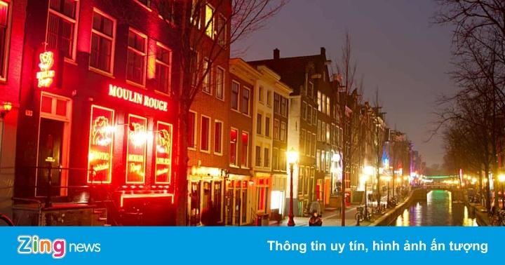 Amsterdam tính dời phố đèn đỏ vào trong nhà, lập ''trung tâm tình dục''