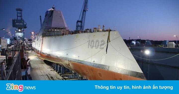 Mỹ hạ thủy tàu khu trục tàng hình cuối cùng gây tranh cãi