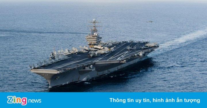 """Mỹ: Tàu sân bay không né eo biển Hormuz bất chấp """"tên lửa Iran"""""""