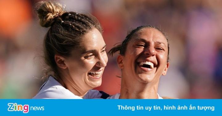 Tiền đạo 36 tuổi lập 2 thành tích chưa từng có ở World Cup nữ