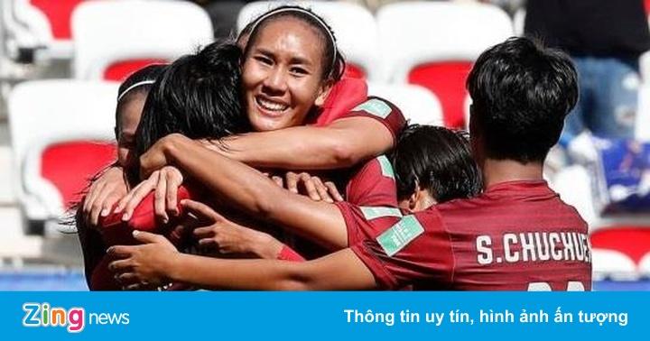 Tuyển Thái Lan thủng lưới nhiều hơn cả bảng đấu cộng lại ở World Cup