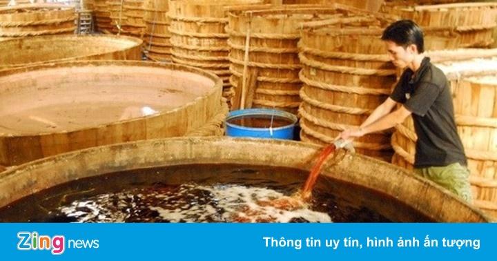 Nước mắm công nghiệp lấn át nước mắm truyền thống thế nào?