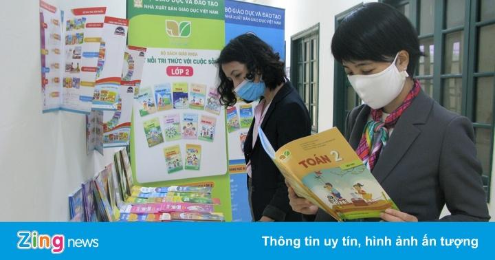Hà Nội chọn sách giáo khoa lớp 2 và lớp 6 từ nhiều nhà xuất bản