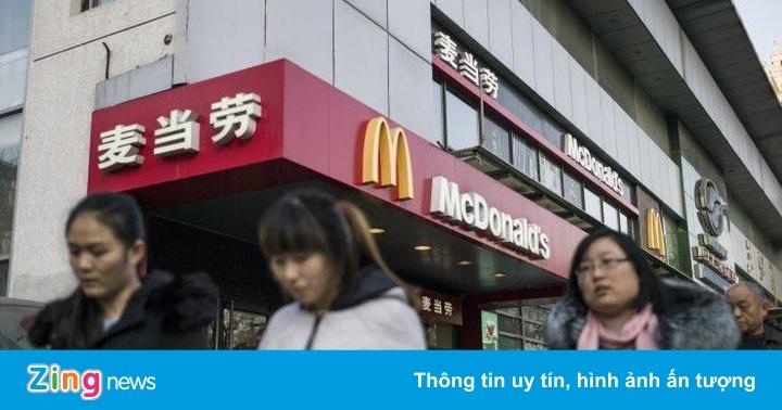 Nhân viên TQ bị cấm dùng iPhone, xe Mỹ và gà rán KFC
