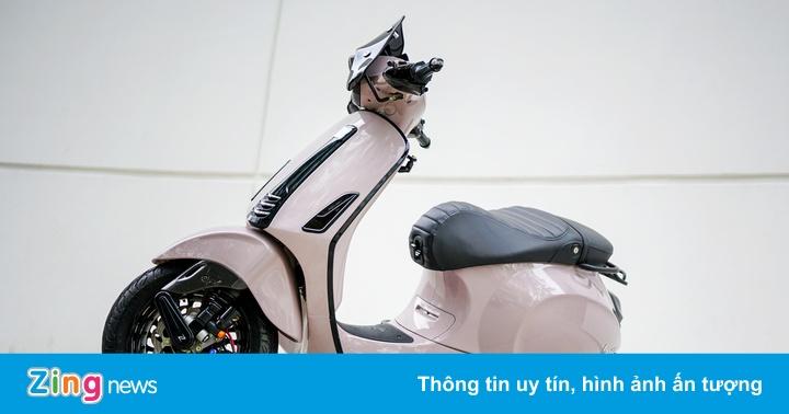 Vespa Sprint độ đồ chơi hiệu của biker Sài Gòn