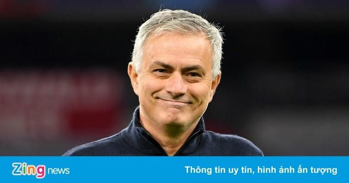 Tottenham được xử thắng ở Cúp Liên đoàn Anh