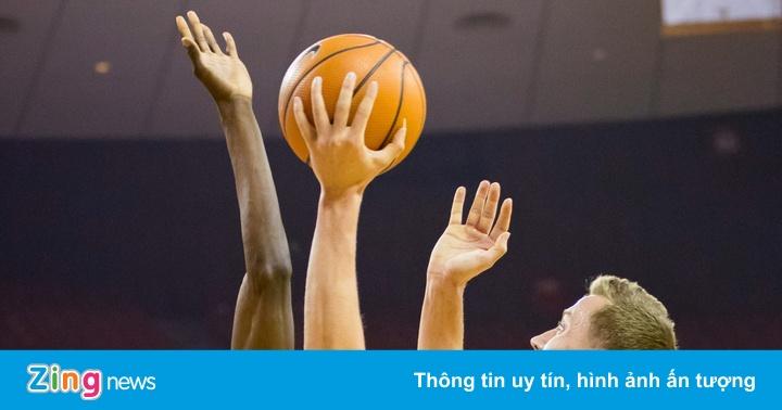 VĐV có sải tay dài 2,39 m và những 'dị nhân' ở NBA