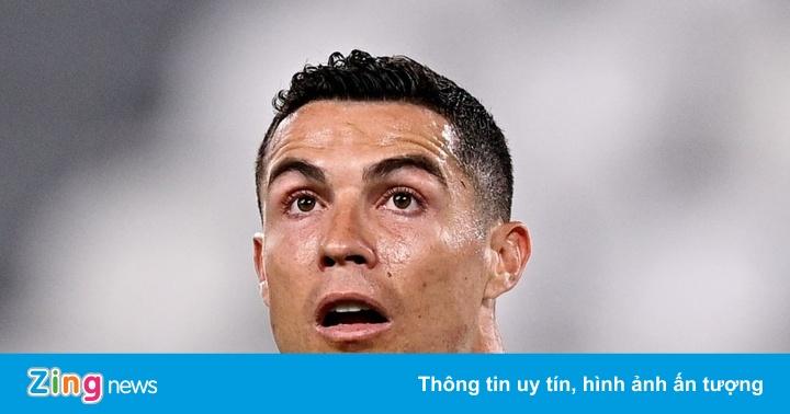 Juventus văng khỏi top 4 sau trận thua AC Milan 0-3