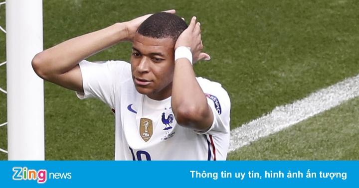 Pháp bị đội yếu nhất bảng cầm hòa