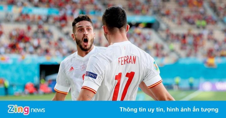 Tây Ban Nha vượt qua vòng bảng Euro sau trận thắng 5-0