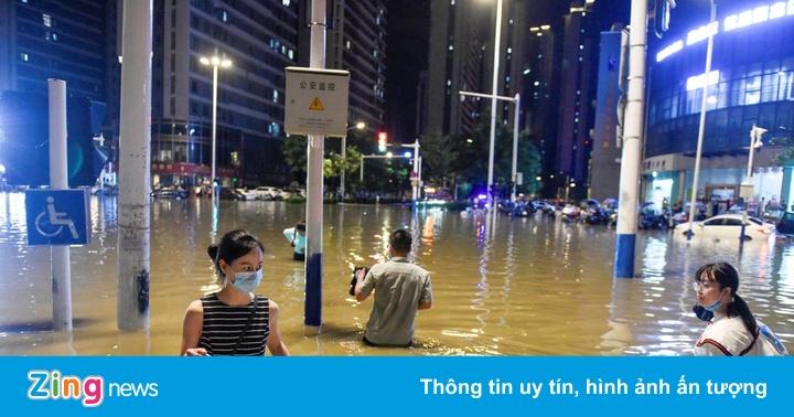 Trung Quốc nâng mức ứng phó khẩn cấp với lũ trên sông Trường Giang