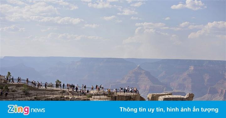 Du khách rơi xuống vực tử nạn ở Grand Canyon