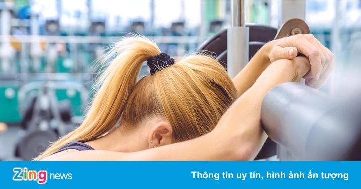 7 dấu hiệu cảnh báo bạn tập thể dục quá sức