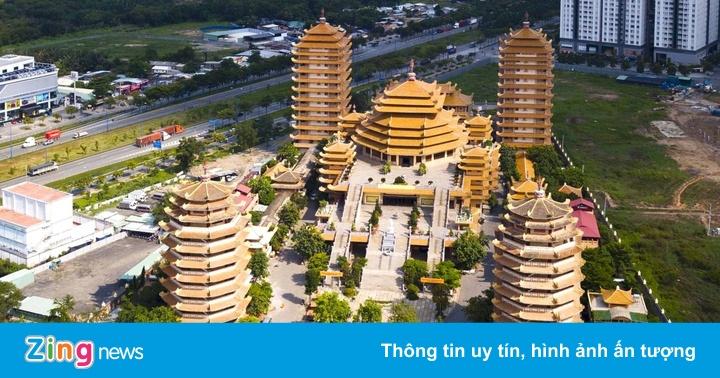 Loạt tháp chùa đạt kỷ lục ở Việt Nam