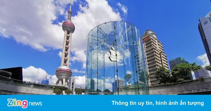 Apple Store đẹp nhất châu Á quá tải trong ngày bán iPhone 11