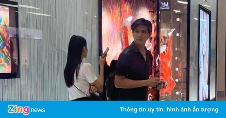 Tim và Trương Quỳnh Anh bị bắt gặp sánh đôi ở Thái Lan